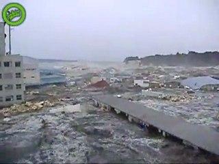 New Shocking Video Of The Japanese Tsunami