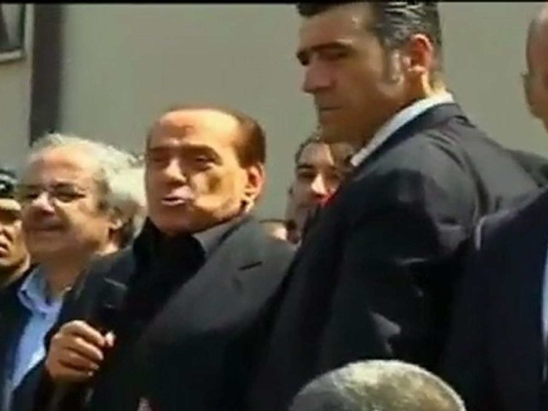 Berlusconi - Nobel per la pace a Lampedusa