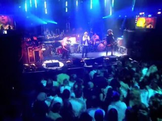 iConcerts - Beck - Cellphone's Dead (live)