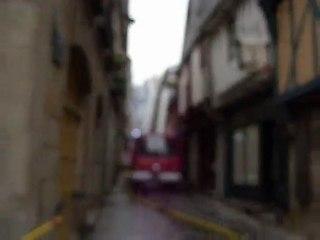 1er avril, 9h30 : l'incendie continue à Vitré