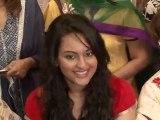 Bollywood Stars Wish Their Fans A Happy Diwali - Bollywood News