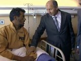 Libye: le chef du Conseil de transition au chevet des blessés