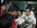 Bodyguards Salman Khan And Kareena Kapoor Break The Law - Bollywood News