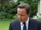 Cameron shows his support for Libyan rebels
