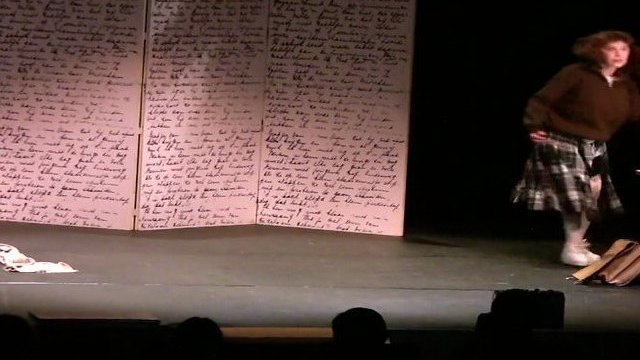 Extrait du spectacle le journal d'Anne Frank