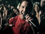 Simple Plan Ft. Rivers Cuomo - Can't Keep My Hands Off You (Official Video) [HD]