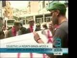 Frente al Palacio de Justicia miembros del Colectivo La Pied