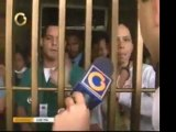 Familiares de pacientes protestan en el Domingo Luciani por