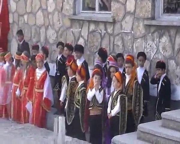 Yeşilköy 23 Nisan 2011 Bölüm 2 A