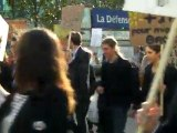 "Hulot ! Manif ""Anti Ecolo"" à la Défense le 5 mai 2011"