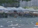 11 Septembre 2001 World Trade Center Plaza Couverte de Débris