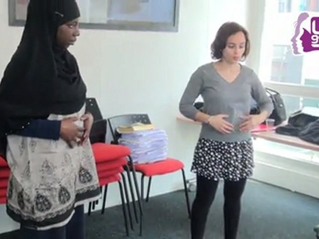 Entretien d'embauche: entraînement avec la comédienne Ibtissem Guerda