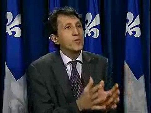 Amir Khadir - Le Plan Nord est le projet d'un gouvernement qui agit en colonisé