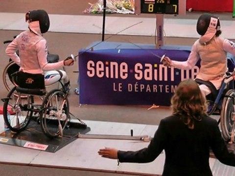 Finale fleuret dames Tournoi de Villemomble 2011 : POIGNET / BERNARD