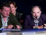 """Cannes: Aki Kaurismäki présente """"Le Havre"""""""