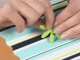 Poser des oeillets pour scrapbooking avec les outils Fiskars - Atelier loisirs créatifs