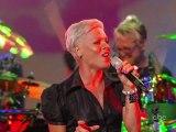 Pink - Funhouse live (Jimmy Kimmel show)  HD
