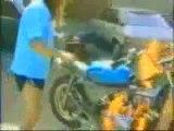 0364 - Compilation chutes en moto