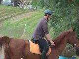 a cheval ( pas avec liska (au soin)  oohh)
