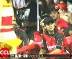 Chennai Rhinos vs. Telugu Warriors  Telugu Warriors Innings Over01