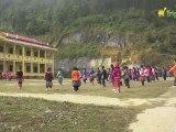 Cours de gym dans un collège du Nord Vietnam