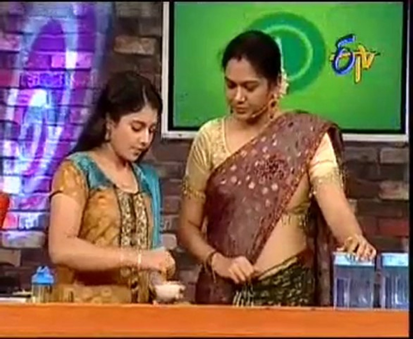 Beautiful Actress - Hema - Artist Sudeepa(Pinky) - Anchor Sumalatha - 03