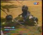 Formule 1 Australie 1996 Massive crash Brundle en francais (TF1)