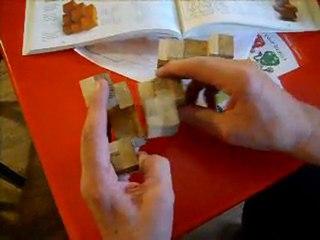 pyramide de cubes en trois pièces
