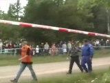 spectacular rally crash - accident de rallye spectaculaire