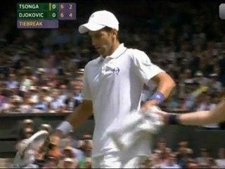 Novak Djokovic vs Tsonga SF WIMBLEDON 2011 [Some minutes]