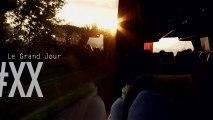 Instants Volés #XX : Pluie de Danse de Bouba Landrille Tchouda au Défilé de la Biennale de la Danse 2012