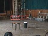 1500 balles de ping-pong et de l'azote liquide