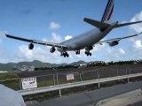 Landing St.Maarten A340-600 Air France