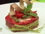 Tartelette amande, rhubarbe et fraises - 750 Grammes
