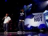 "Snoop Dogg & Pharrell Williams ""Drop It Like It's Hot"" Live @ ABC American Music Awards, Shrine Auditorium, Los Angeles, CA, 11-14-2004"