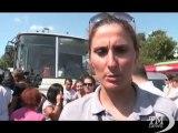 Istanbul, ragazze in pantaloncini in piazza per i diritti donne. Manifestazione per una atleta in short malmenata sull'autobus