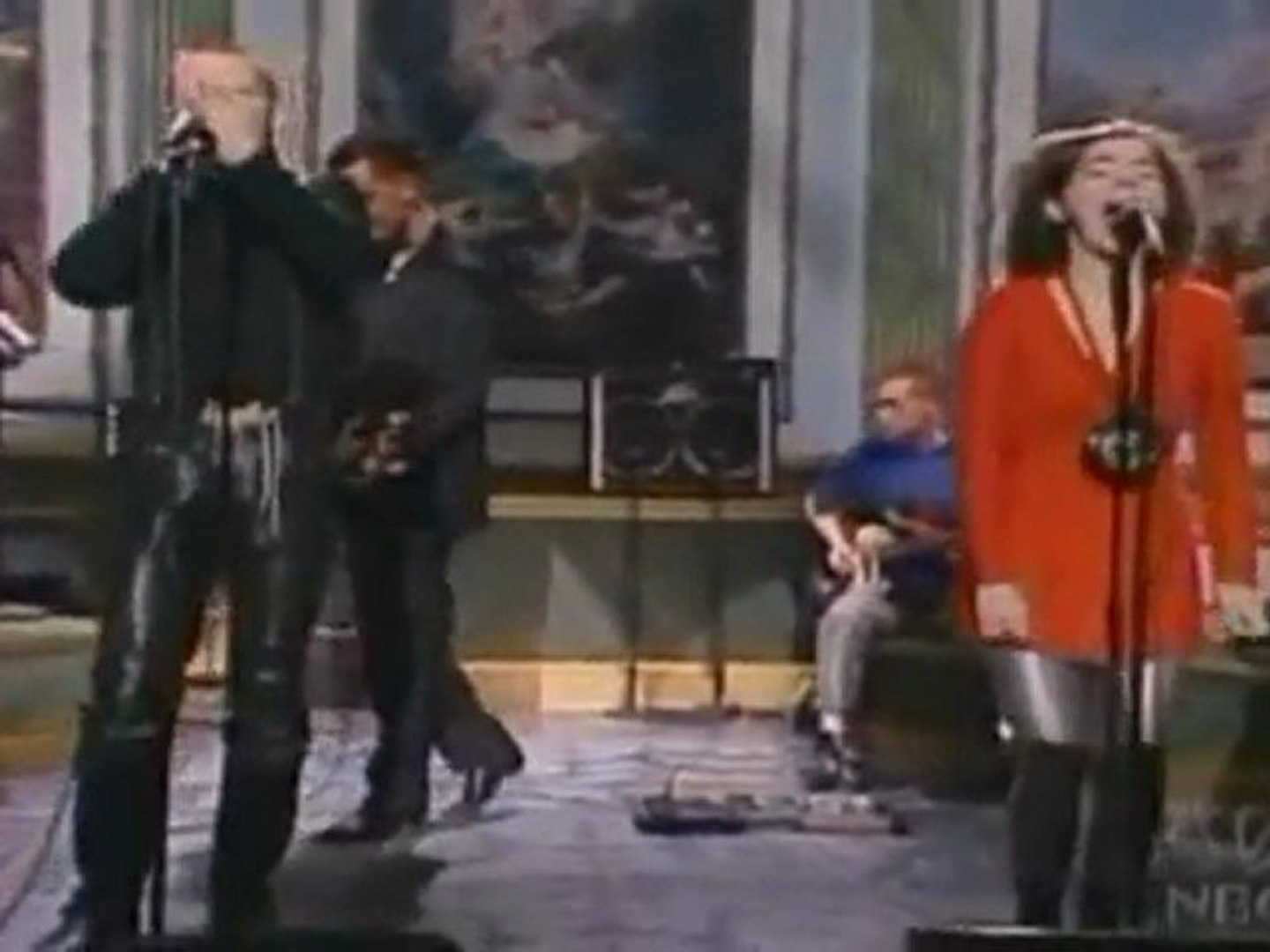 The Sugarcubes - Birthday (SNL 1988)