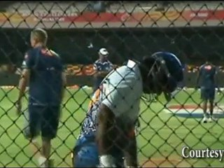 Sachin Tendulkar's Team Mumbai Indians BANGED Bangalore !
