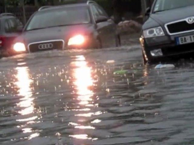 Impressionnantes inondations ce mardi 23 août à Valenciennes