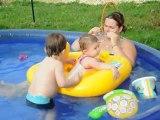 ptit moment dans la piscine avec plongeons de cédric