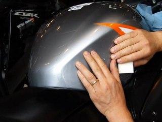 Clear Protect : Protection invisible de réservoir + flancs de réservoir de moto
