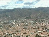 AMAZING VIDEO: Meteorite crashes towards earth in Peru