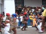 STAGES ET VOYAGES  SALSA A CUBA AVEC WWW.DANSACUBA.COM  honneur AU ORISHAS pendant le DEFILE FINAL DU FESTIVAL DEL CARIBE 2011 A SANTIAGO DE CUBA