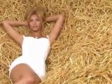 Behind The Scenes Of Beyonce's Essence Magazine Photo Shoot 2011