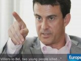 Manuel Valls massacre l'Anglais