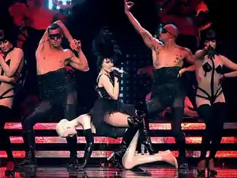 Kylie Minogue Burning Up Vogue Show Homecoming Tour