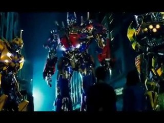 Transformers Hall of Fame - Michael Bay - Featurette Transformers Hall of Fame - Michael Bay (Anglais)