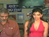 Hot & Sexy Deepika Padukon Showing Deep Huge Cleavage At Aarakshans Promotional Event