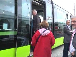 La première rame du tramway est arrivée à Brest.