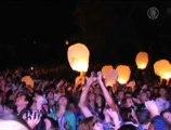 Des lanternes japonaises dans le ciel de Kiev